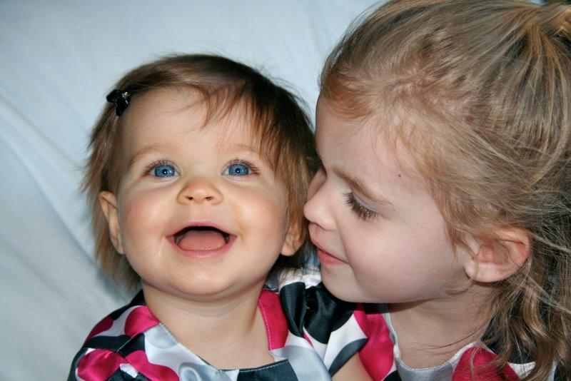 Awwe!!! Sisters :)